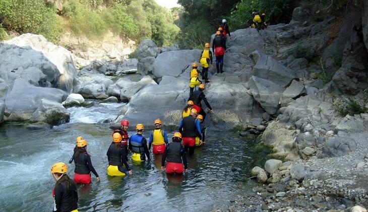 треккинг вулкан путешествие по природе активный отдых этна