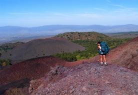трекинг тур вулкан трекинг в горах природа красота Сицилия Этна