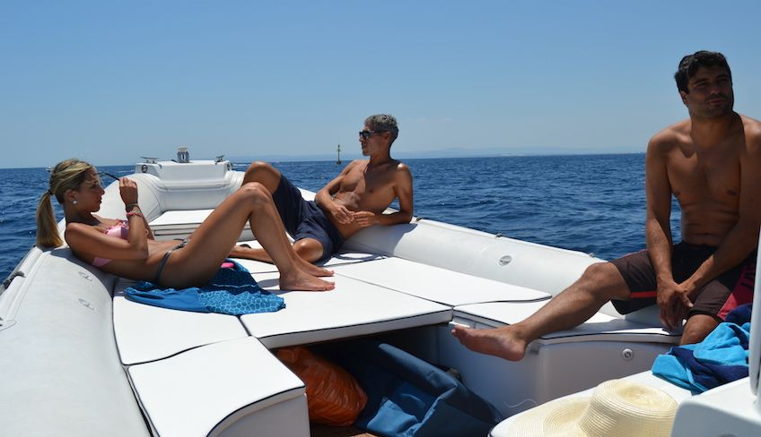 походы катания - резиновая лодка