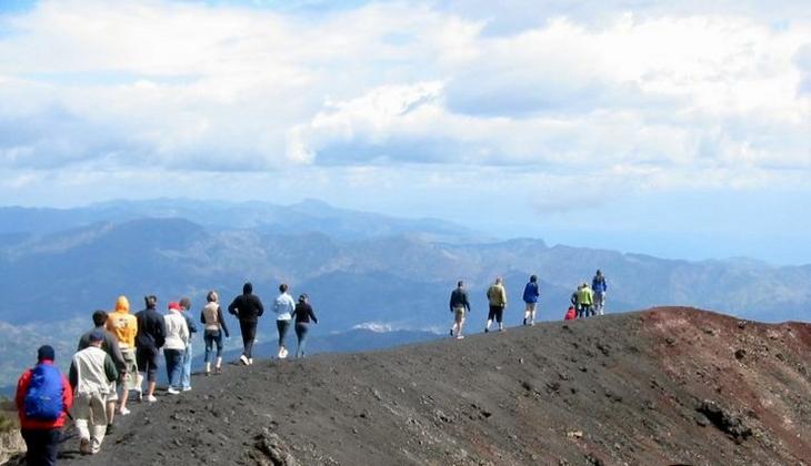 тур этна джип вулканы сицилии треккинг в горах этна