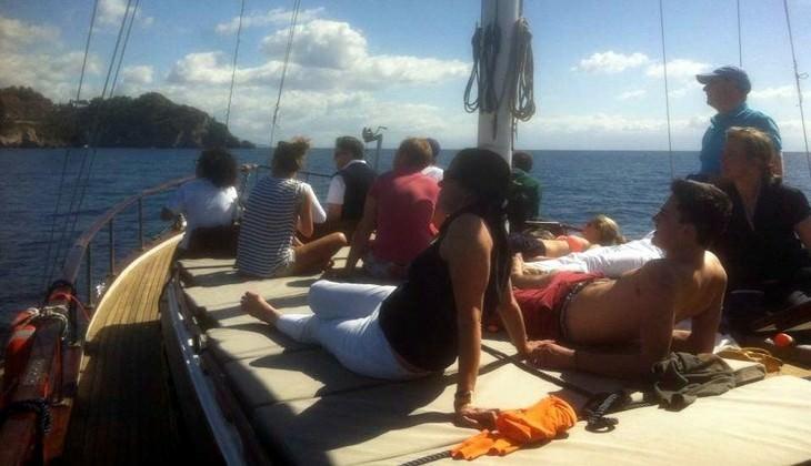 отдых на яхте-гулет - посетить таормину