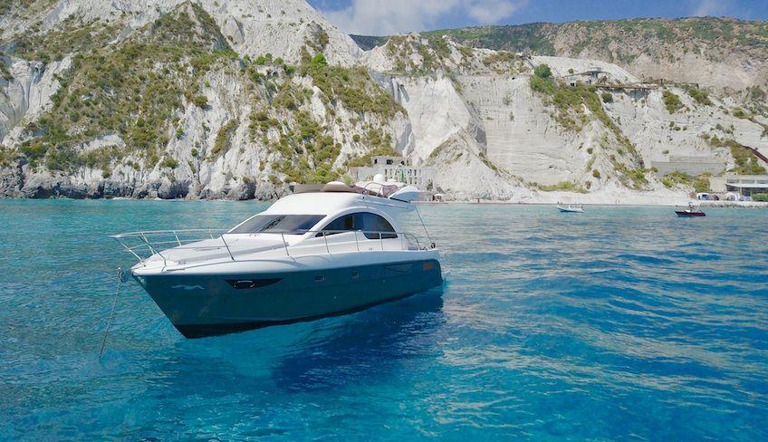эоловые острова частная яхта - Однодневный тур на яхте вдоль Эолийских островов.