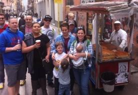 уличная еда сицилия - сицилийские канноли