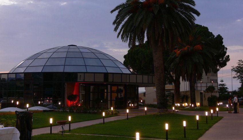 Отель в Мессне, Сицилия - Выходные в Мессине